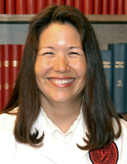 Photo of Gwen Choi Roesel, MD